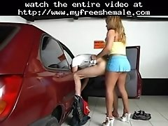 Quick fuck in the garage shemale porn shemales tranny p