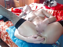Squirting milf