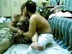 Arabian Women Kiss and Fucked In Hairy Pussy sibel18 com