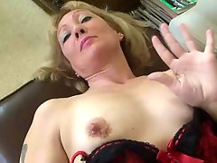 MILF Slut Solo Masturbation IT4REBORN