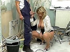 Mature woman gets it is by craftsmen