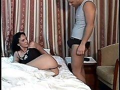 Sesso sul letto SexyLuna Sex on bed Sexyluna