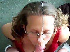 Vid7Housewife facial