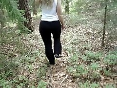 Sarah showing off her ass in the wilderness