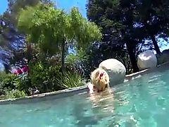 Bimbo stranded in his pool