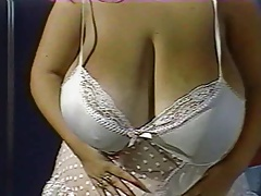 Susie Sparks white nightgown 1