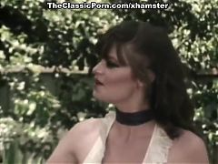 Juliet Anderson Lisa De Leeuw Little Oral Annie in classic