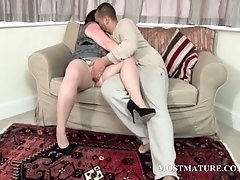 Teen stud teasing mature lusty snatch