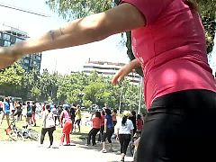 Candid booty dance