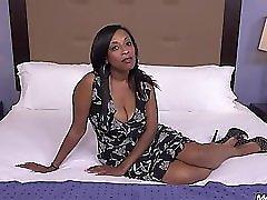 Lauren ebony milf in action