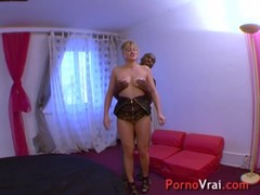 Squirting blonde multiorgasmic exhibitionist slap on ass !! French amateur