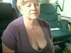 Beautiful grandma cam