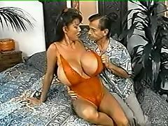 Busty mature Woman gets it in the ass F70